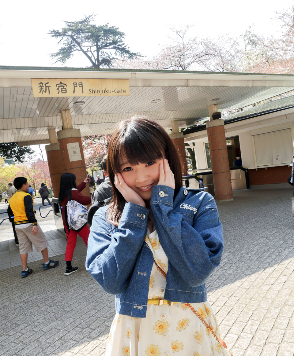 桜咲ひな001
