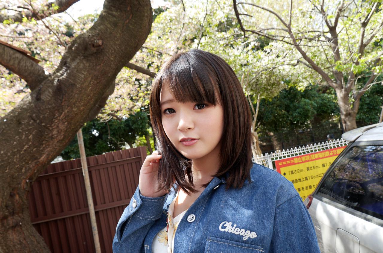 桜咲ひな003