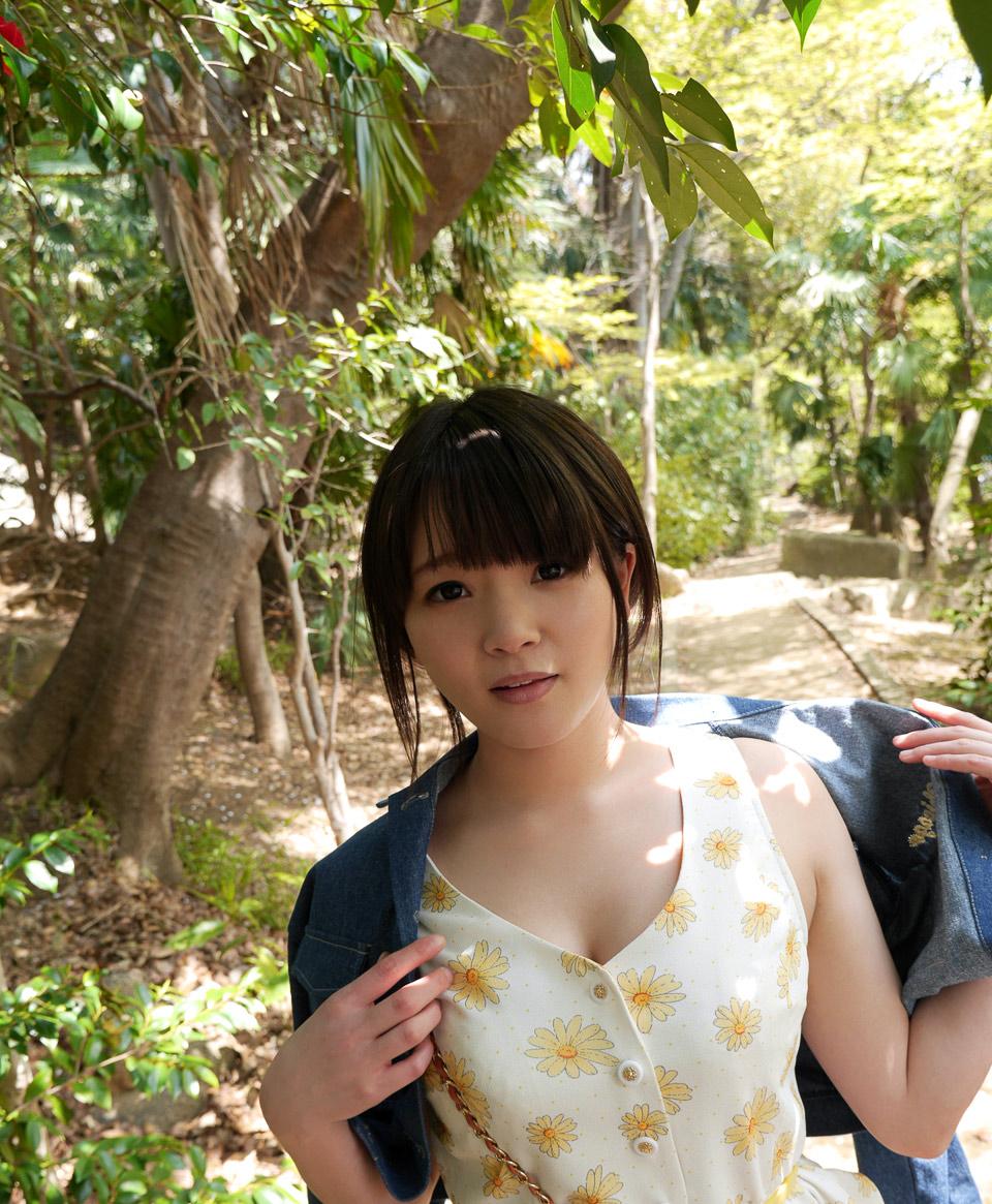 桜咲ひな009