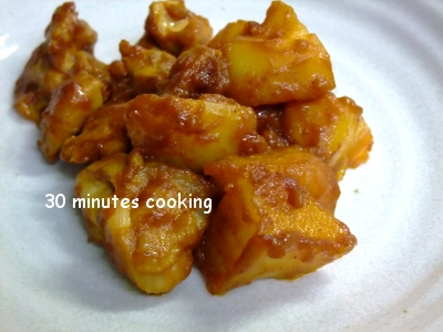 鶏肉とじゃが芋のバーベキューソース炒め