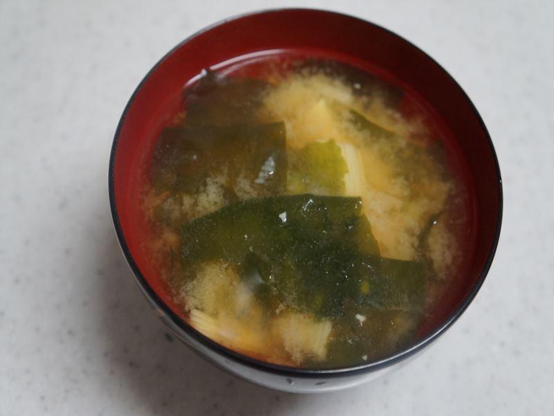 筍とワカメの味噌汁