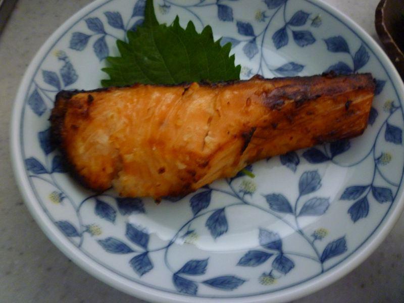 塩麹で漬けた鮭焼き