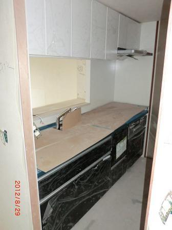 キッチン組立後