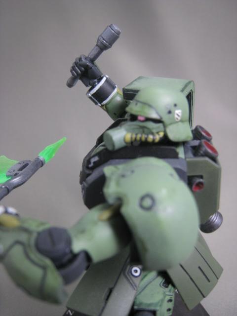 ギラ・ズール 002