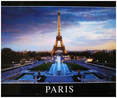 パリ夕暮れの写真