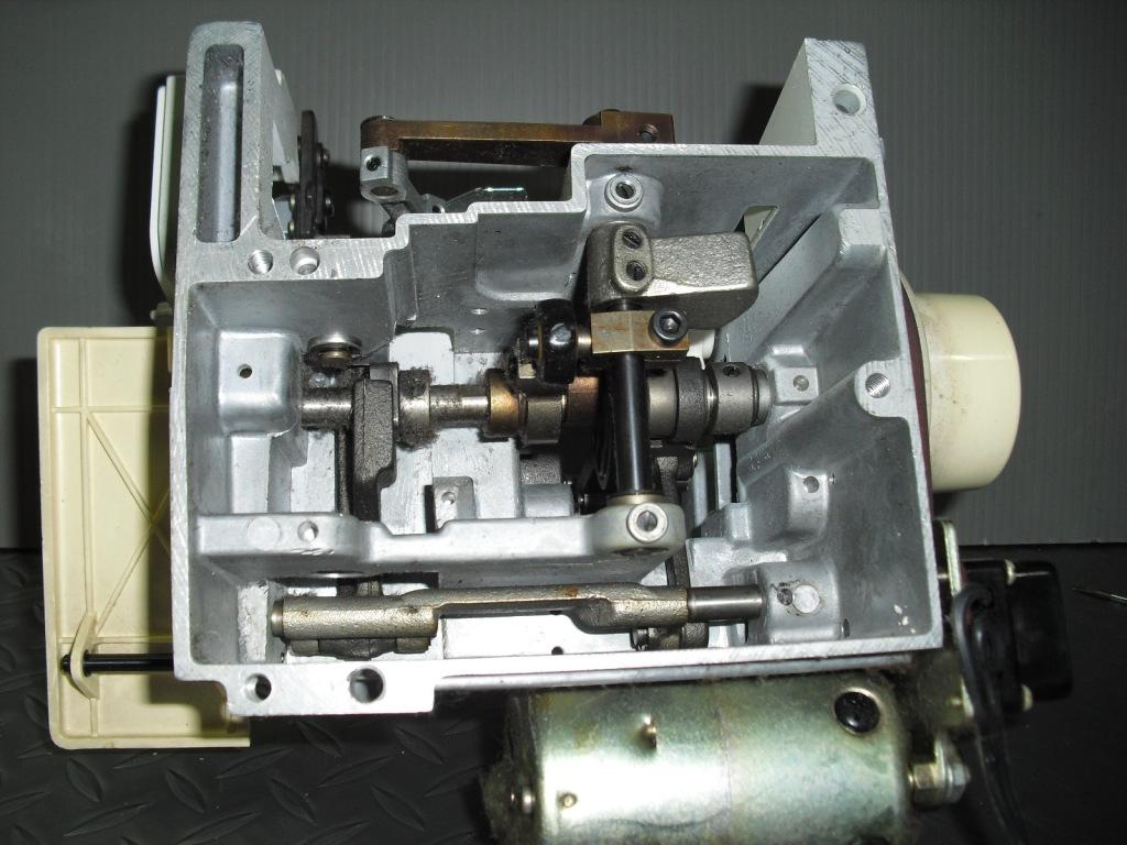 14U831-3.jpg
