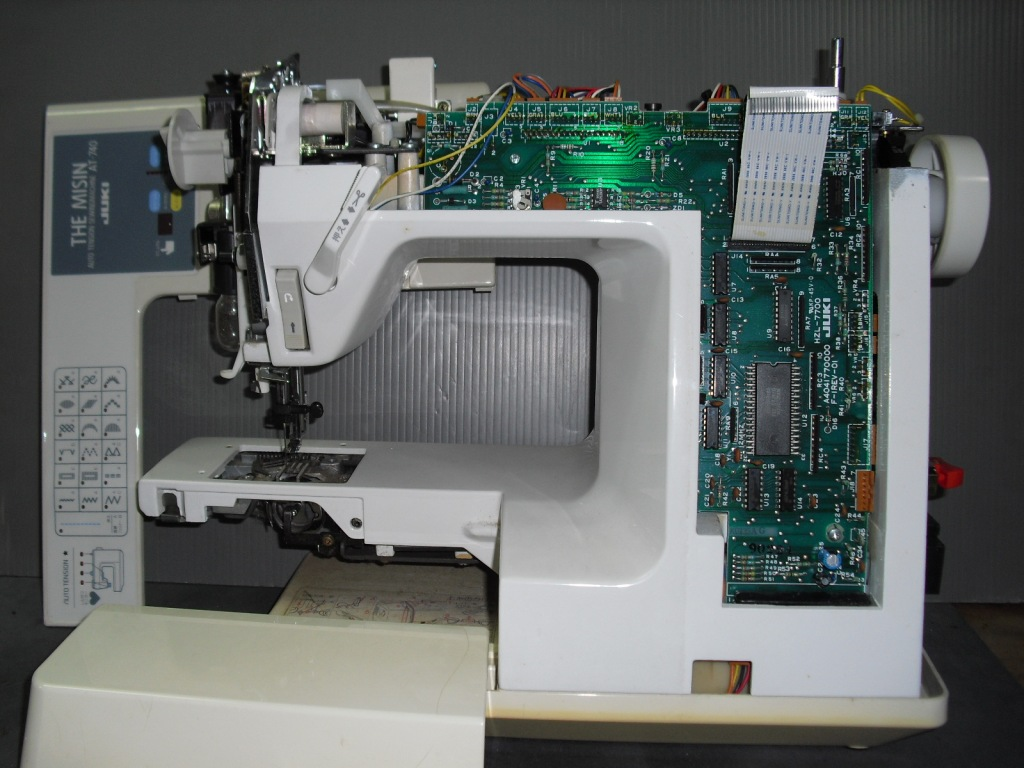 AT-740-2.jpg