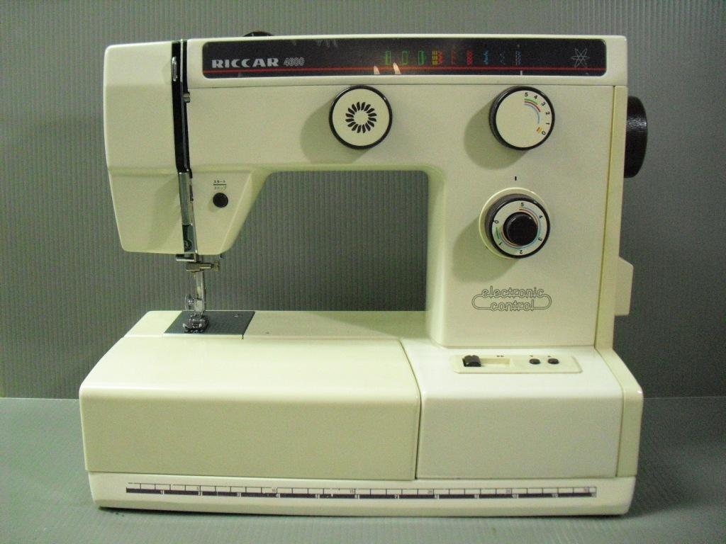RICCAR4600-1.jpg