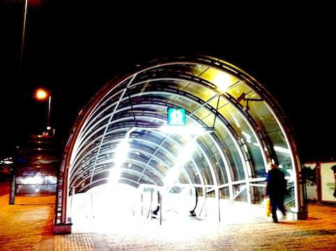 地下鉄入り口