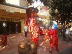 中国正月の獅子舞
