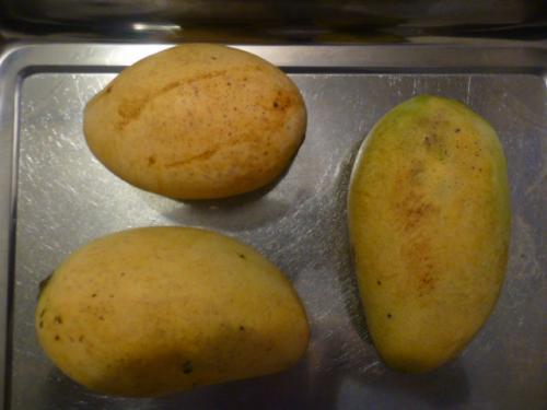 普通のマンゴーとスヴァーイクティッヒ