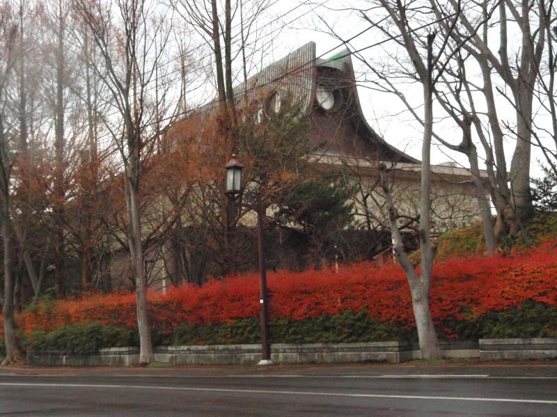 P1010986 初冬の平野政吉美術館
