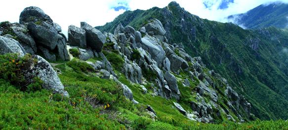 岩の殿堂・仙涯嶺