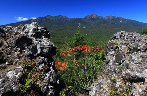 獅子岩と南八ヶ岳