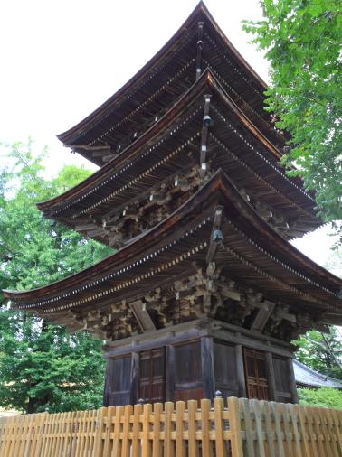 国の重文・前山寺三重塔