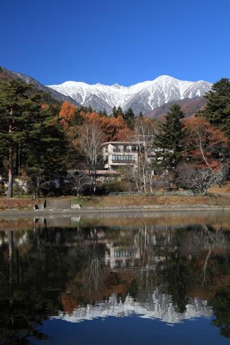 駒ヶ根高原から見る宝剣岳