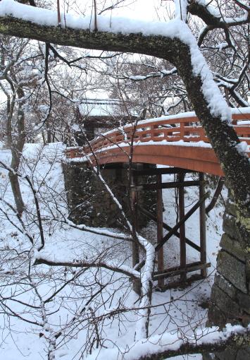 桜雲橋雪景色