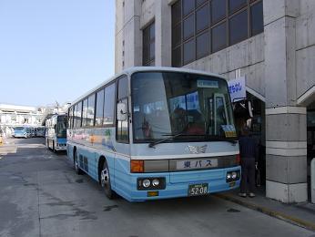 東運輸定期観光バス