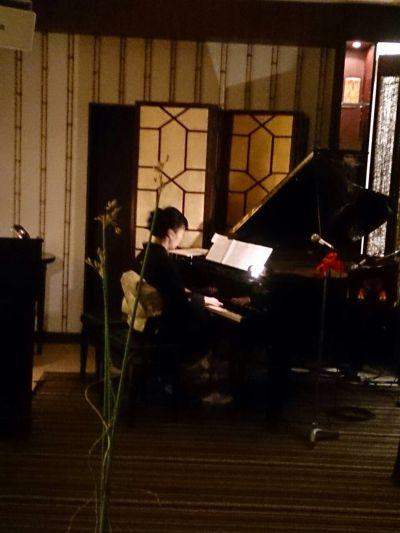 結婚式着物でピアノ