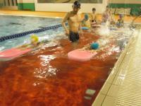 水泳バタ足2
