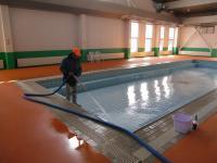 プール清掃1