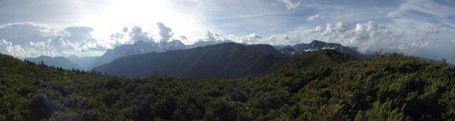 大滝山山頂付近
