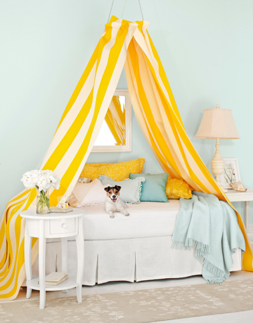 canopy-bed-0709-de.jpg