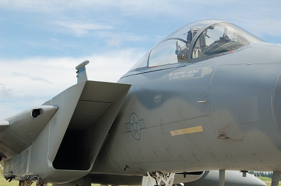 F15up.jpg
