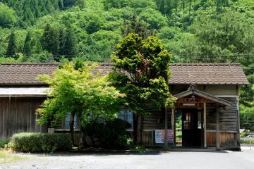 岩山駅(3)