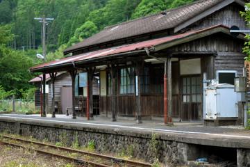 岩山駅(6)