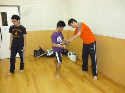20120913シライシさん抜刀指導