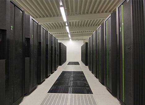 DKRZ-supercomputer.jpg