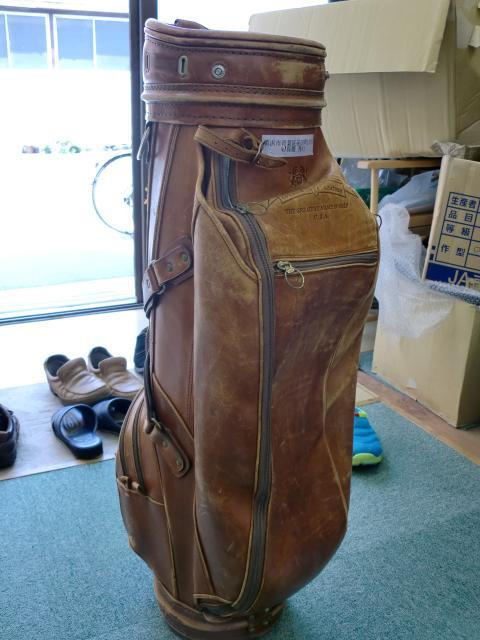 ゴルフバッグの修理!