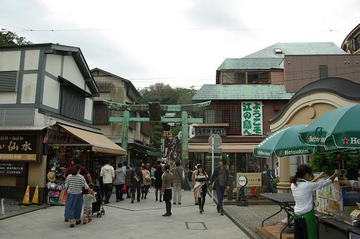 121020-09enoshima torii