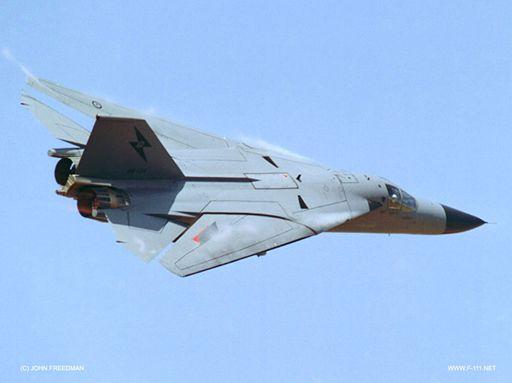 16_F-111-1220_R.jpg