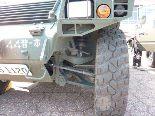 軽装甲起動車2_R
