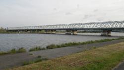 007市川橋