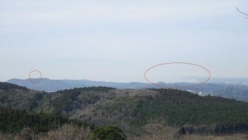 024これから昼ご飯後、東京湾観音(写真左)→富津岬を
