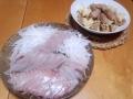 スズキのお刺身と豚トロの炒め物 20140201