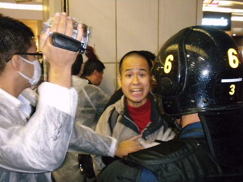 韓国人による靖国神社放火未遂事件徹底糾弾デモin秋葉原(平成25年10月5日)