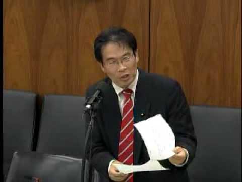 2007年5月25日、国会での質問で南京大虐殺について分かり易く否定されています