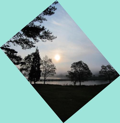 高原の  早朝