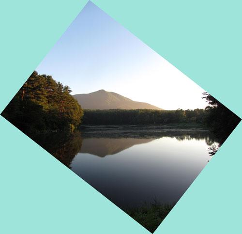 鏡の様な    飯綱湖