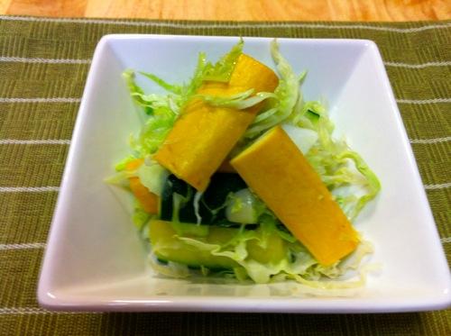 野菜サラダとの間