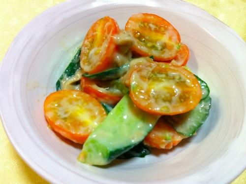トマト胡麻味噌