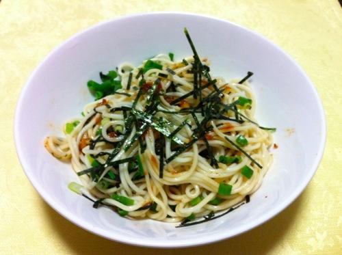 中華麺と秘伝のタレ