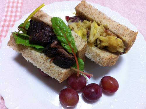 本マグロのアラのサンドイッチ