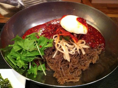 こさりのビビン麺