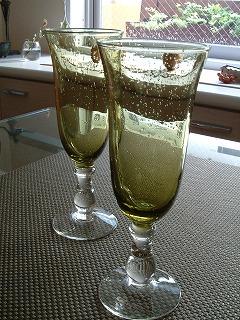 glass0802_2012.jpg