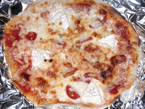 ピザハウスロッソの「ちょっぴり大人向け3枚セット」 カマンベールPIZZA